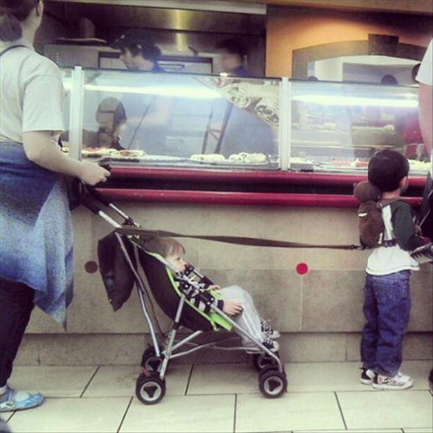 leashes for kids, parenting fail, dumpaday (16)