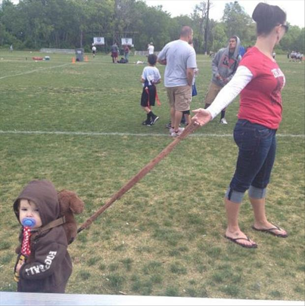 leashes for kids, parenting fail, dumpaday (4)