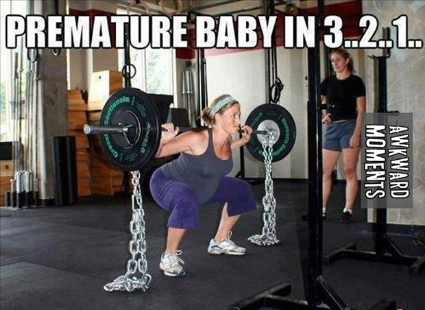 pregnant mom weight lifting