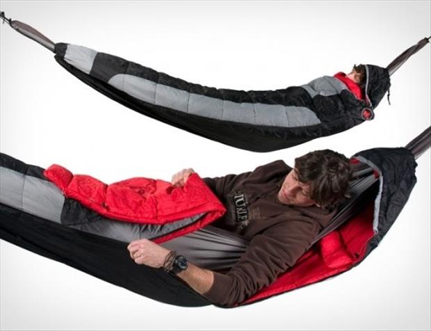 a sleeping bag hammock
