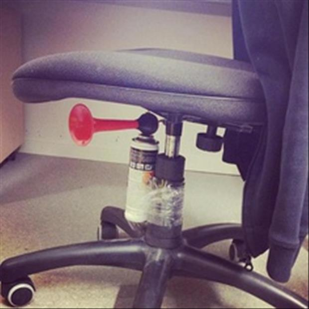 fun office pranks, dumpaday (25)
