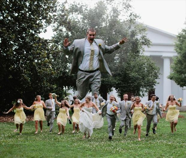 funny wedding pictures giant