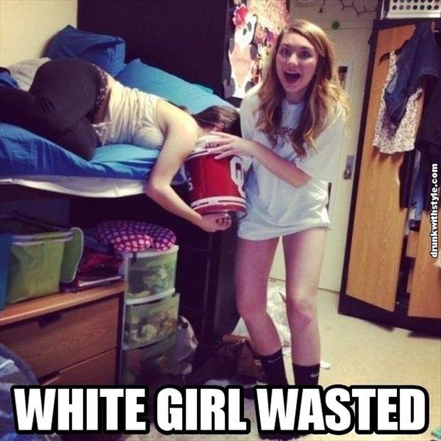 funny white girl wasted, dumpaday images (16)