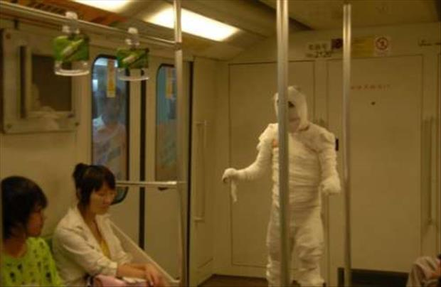 meanwhile on the subway, dumpaday (1)