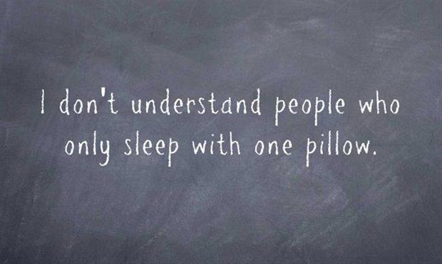 people who sleep with one pillow