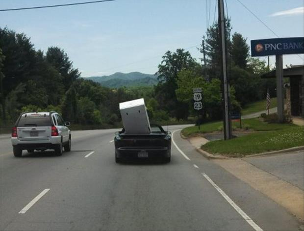 funny packing vehicle jobs (20)