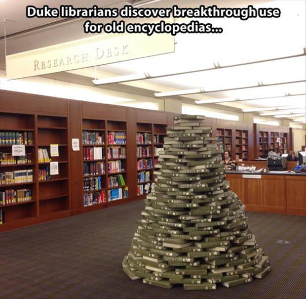 the book christmas tree