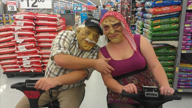 wal mart people (4)