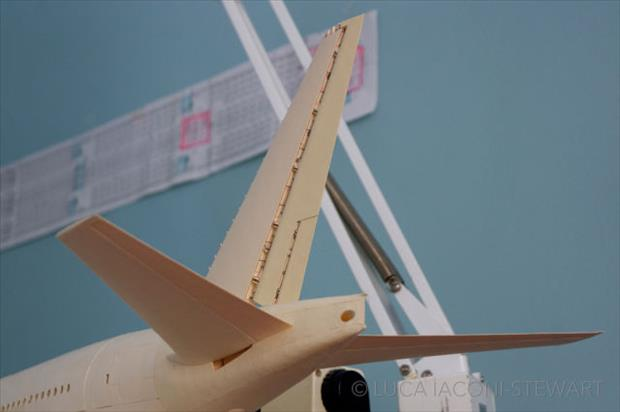 boeing airplane made to scale using just paper (37)