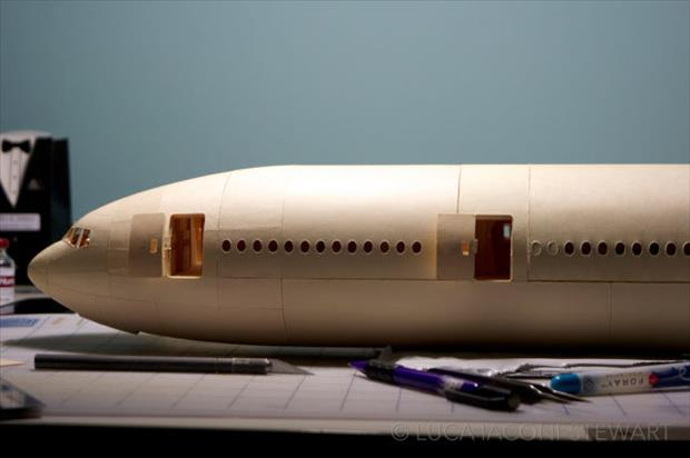 boeing airplane made to scale using just paper (39)
