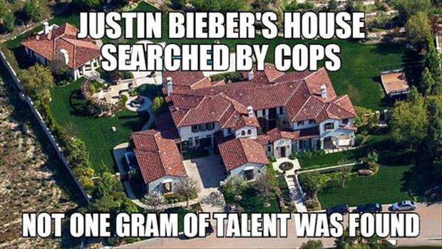 Justin Beiber's house searched by cops