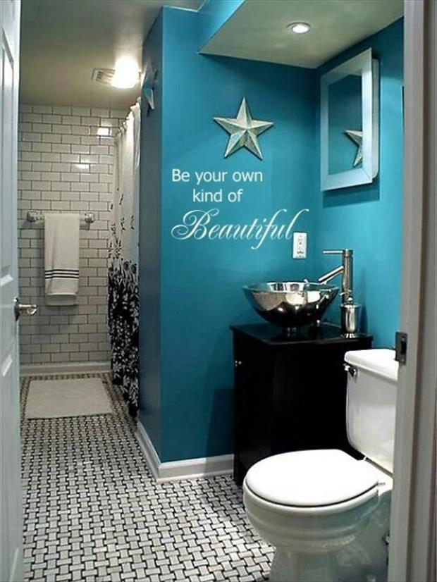 Meanwhile in my Pinterest Bathroom 35