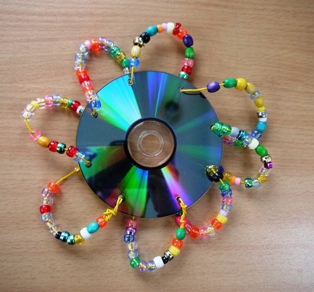 32 Fun Craft Ideas Using Your Old Cd S