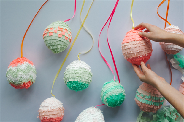 Easter-Egg-Pinatas7