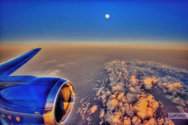 this is why you choose a window seat (22)