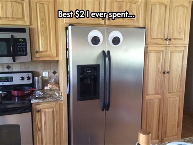 googly eyes on fridge