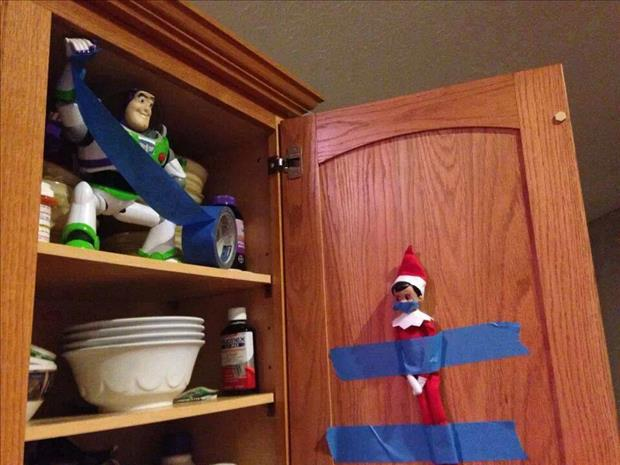 elf on the shelf and buzz