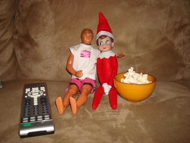 funny elf on the shelf (9)