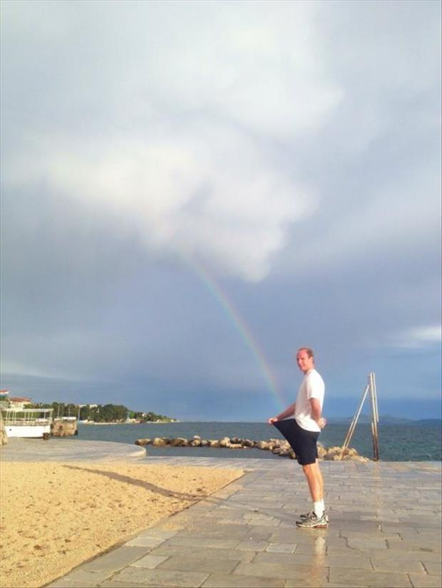 funny pictures of rainbows and guys, dumpaday (5)