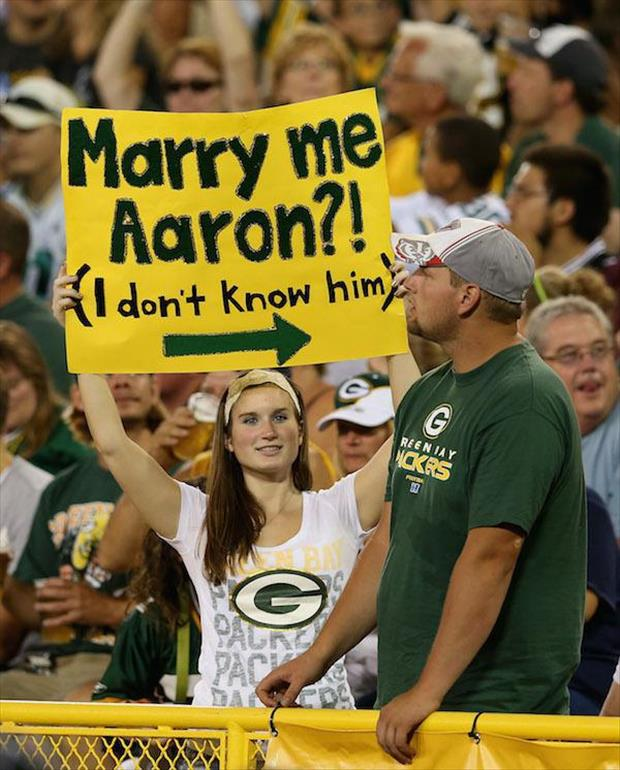 signs funny fan sports packers nfl hilarious bay funniest fans game memes events football aaron sign rodgers ll games ovation