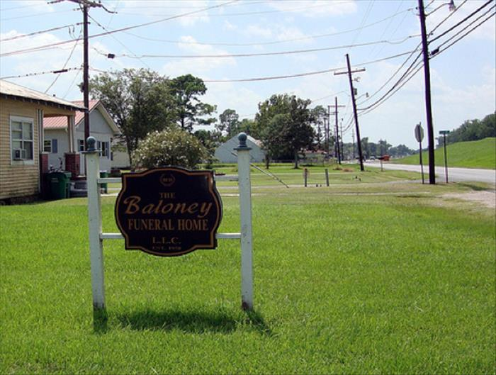 funny funeral home names (11)