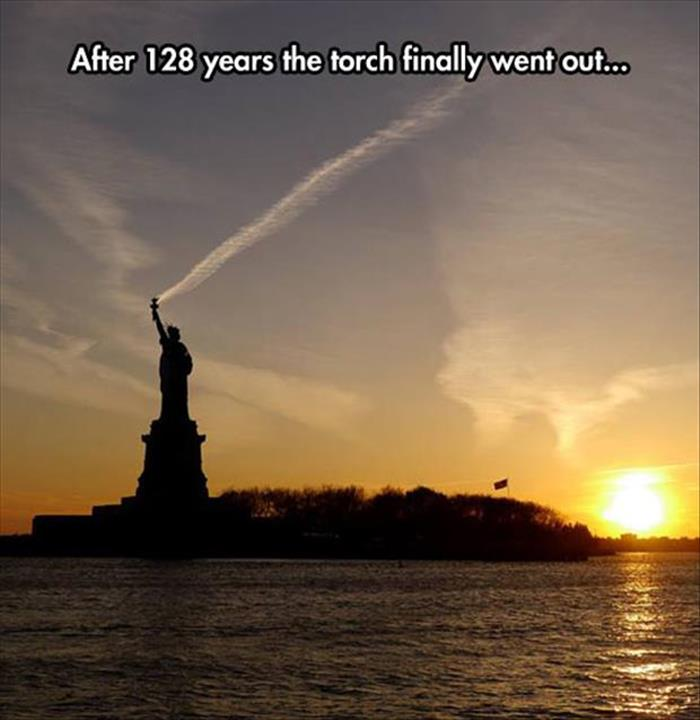 statue of liberty torch went out