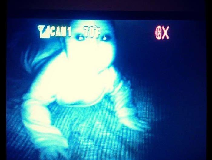 Do Babies On Monitors Freak Anyone Else Out 10 Pics