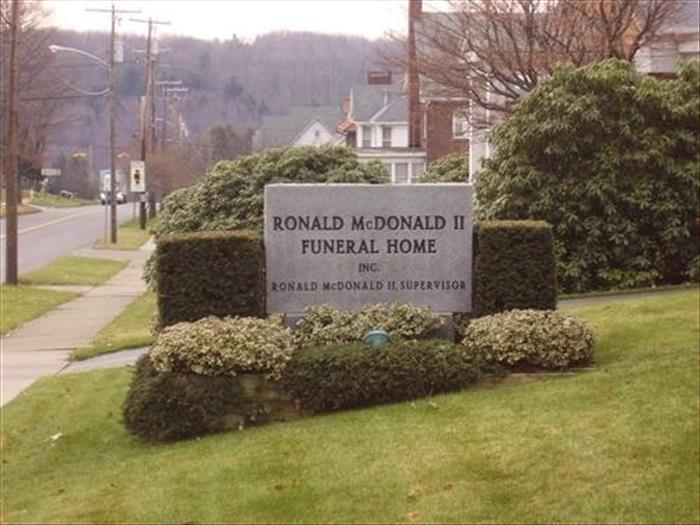 funny funeral home names (14)