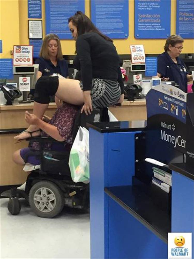 Welcome To Wal Mart I Ll Be Your Guide 20 Pics