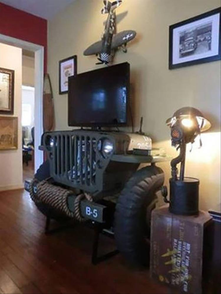 Jeep T.V. Stand