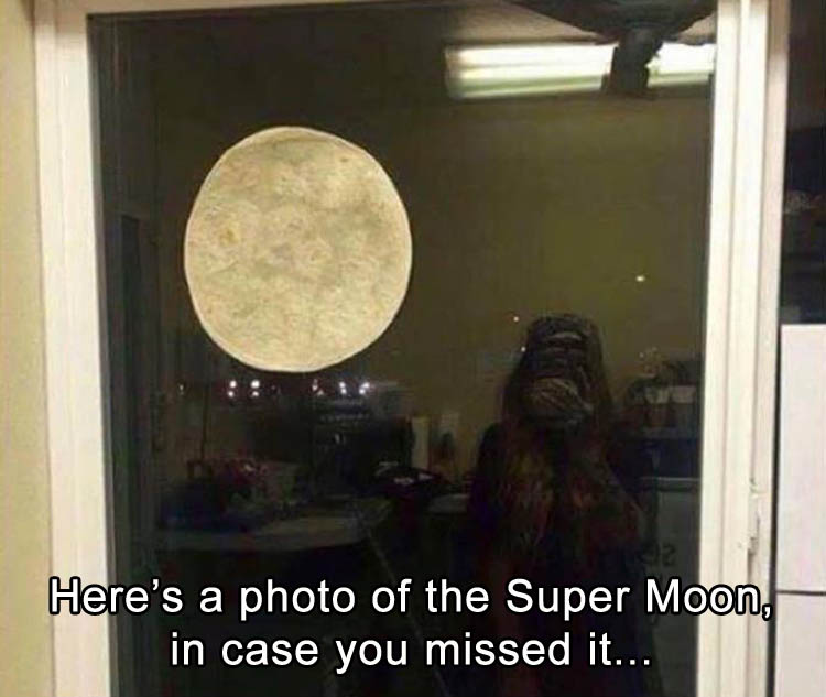 a-super-moon-funny