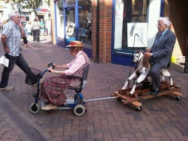 Bilderesultat for wtf old people
