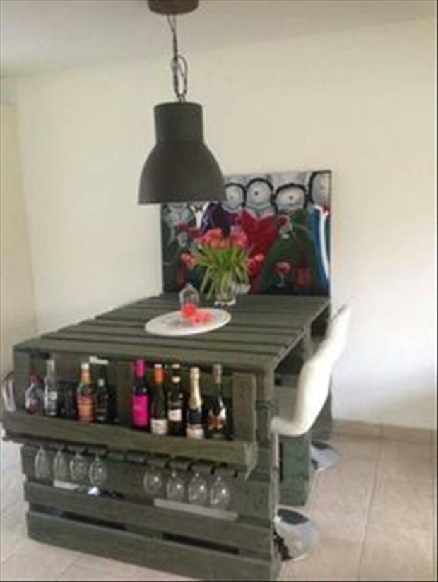 Super Amazing Uses For Old Pallets - 20 Pics IS-86